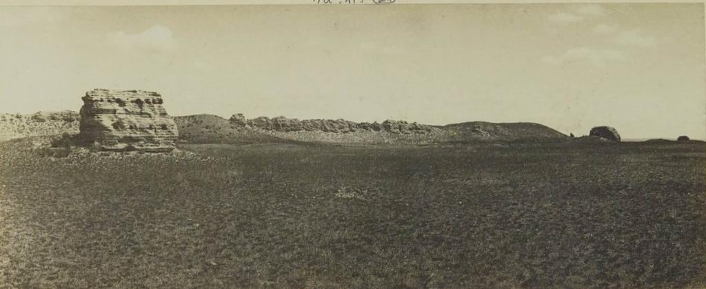 24. Крепость Кара-Балгхассун. Западная часть и подземелья (видно изнутри)