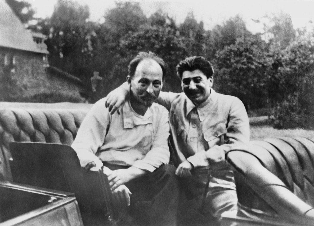 1922. Феликс Дзержинский и Иосиф Сталин