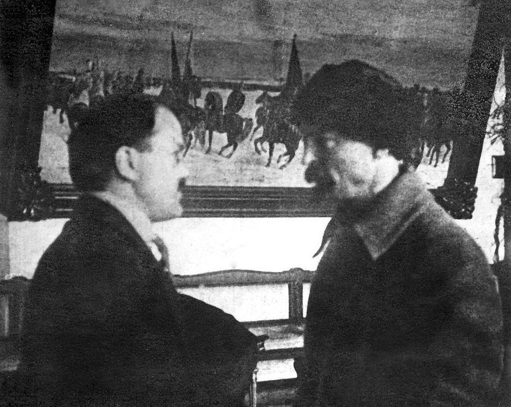 1925. Феликс Эдмундович Дзержинский  с Вячеславом Молотовым