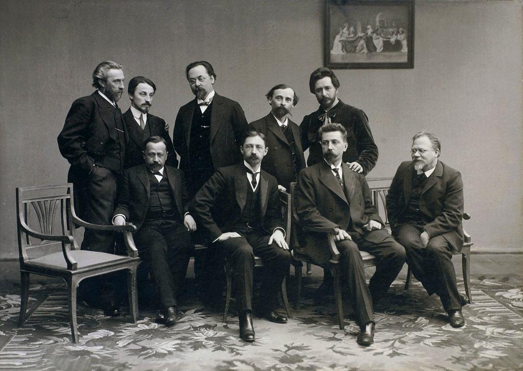 1890-е. «Среда» — московский литературный кружок. «Среда» была основана в 1899 году Николаем Телешовым. Она была названа в честь того дня, когда они проводили свои еженедельные встречи в доме Телешова в Москве