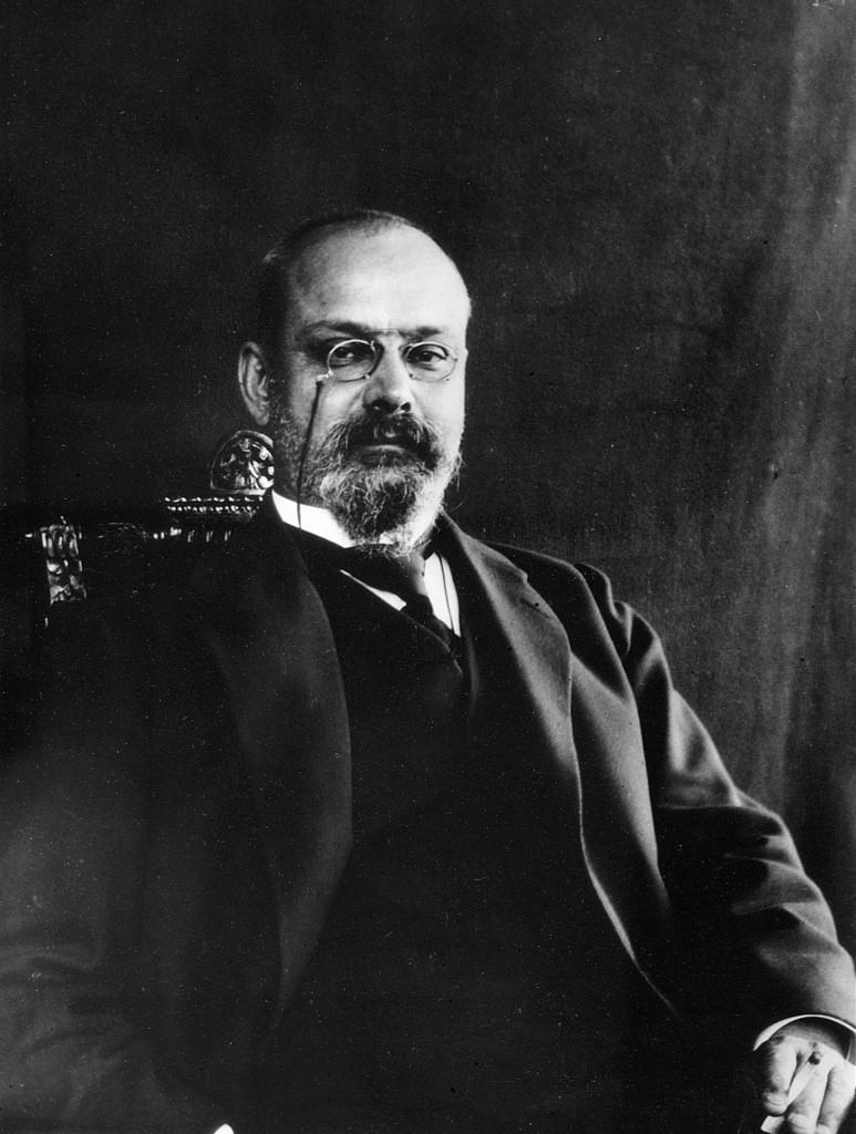 1890-е. Нестор Александрович Котляревский (21 января 1863, Москва — 12 мая 1925) — историк литературы, литературный критик, публицист. Первый директор Пушкинского Дома