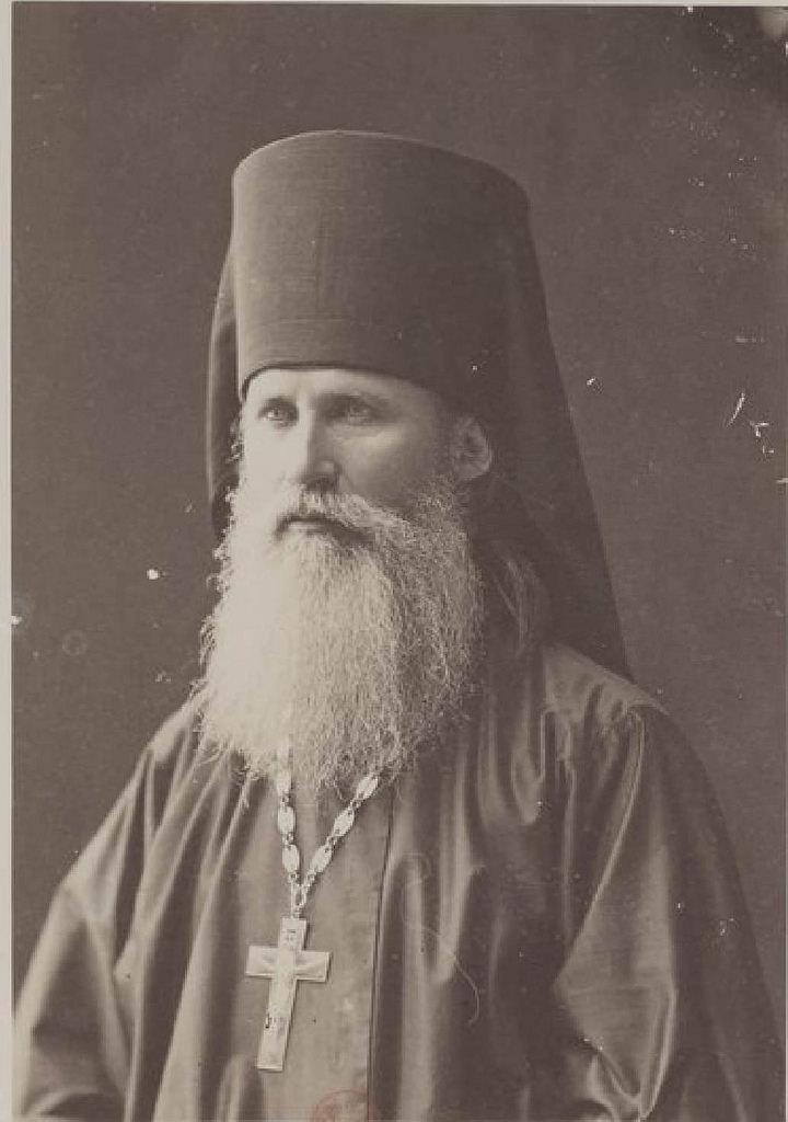 Русский монах