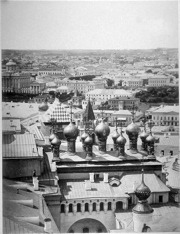 Вид в сторону Верхоспасского собора. 1866.