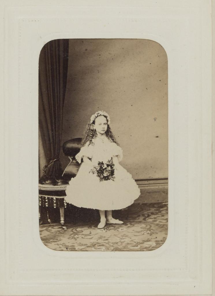 13. Беатриса Великобританская, будущая принцесса Баттенберг