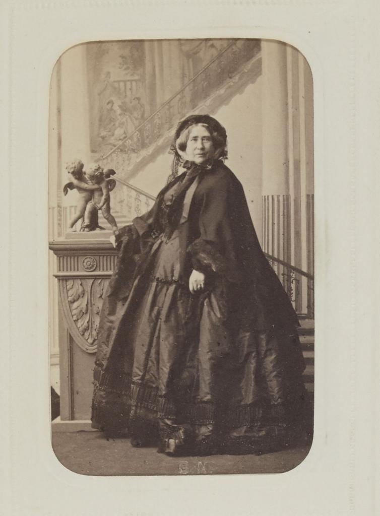 14. Августа Вильгельмина Луиза Гессен-Кассельская, вдовствующая герцогиня Кембриджская