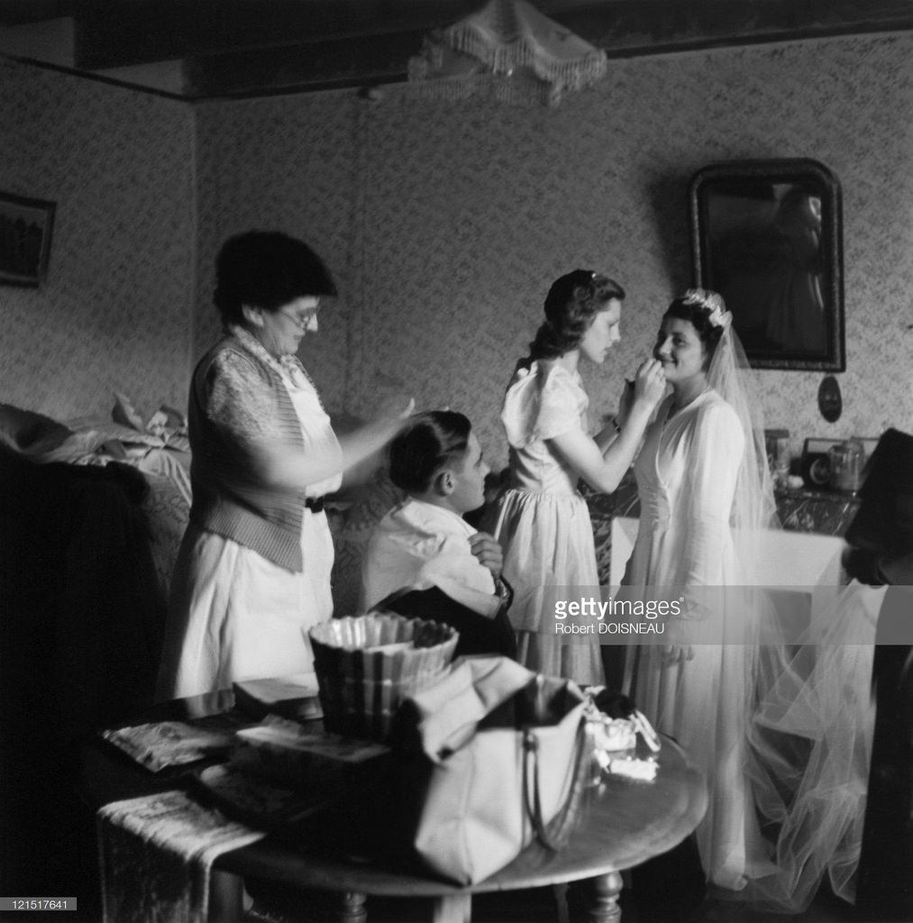 1951. Свадьба в провинции. Макияж и укладка волос перед свадебной церемонией