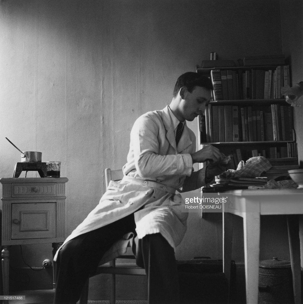 1951. Студенческий завтрак. Париж