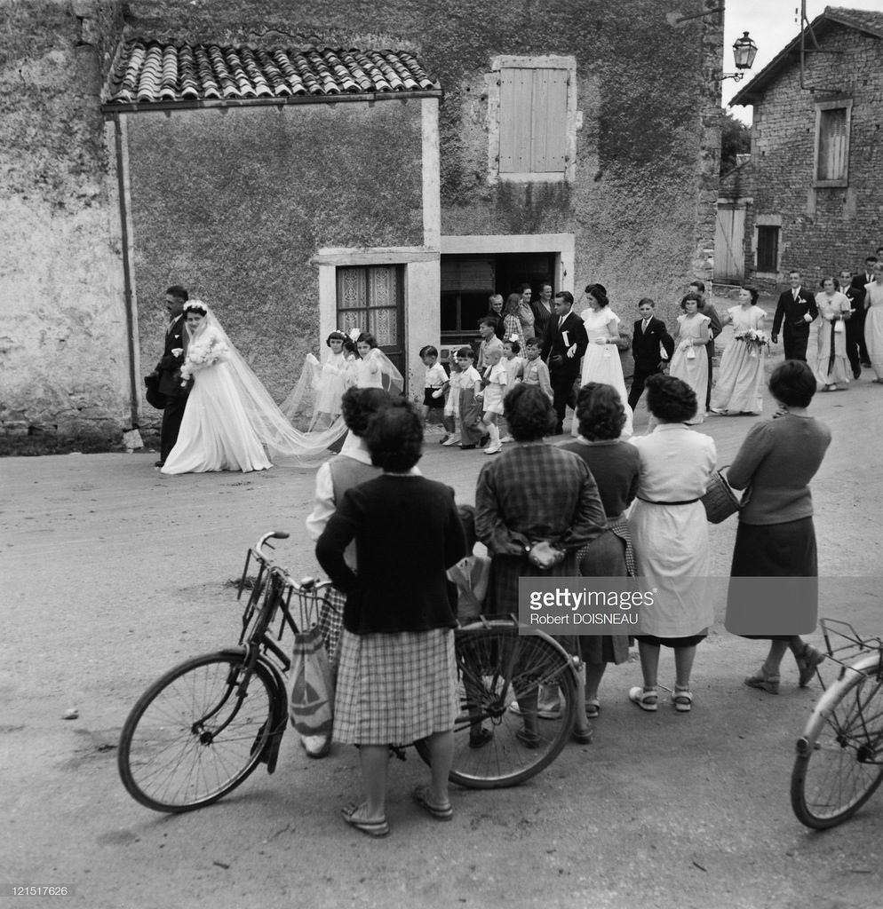 1956. Свадебная процессия