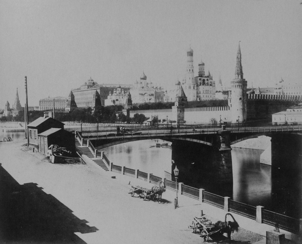 Вид на Кремль от Москворецкого моста. 1883