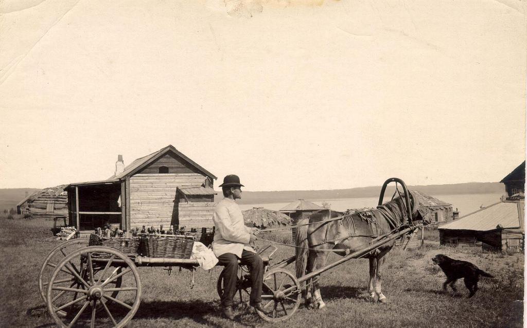Развозчик кумыса на курорте озера Шира