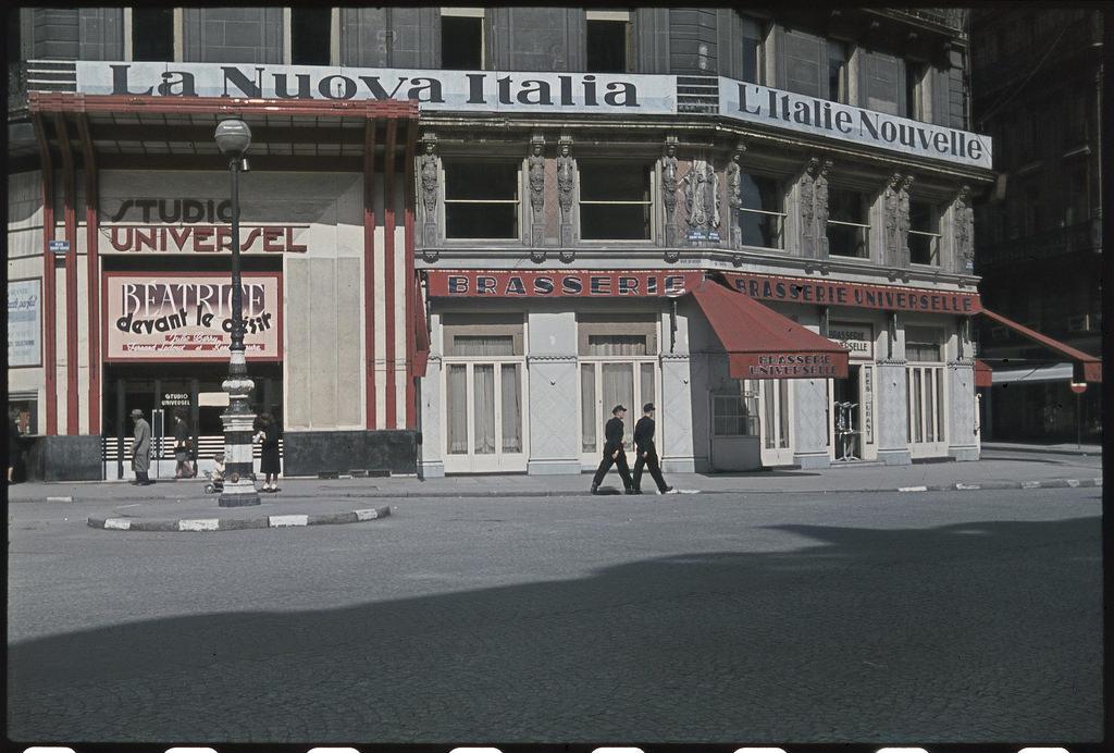 «Nuova Italia», фашистский орган пропаганды, бульвар Оперы