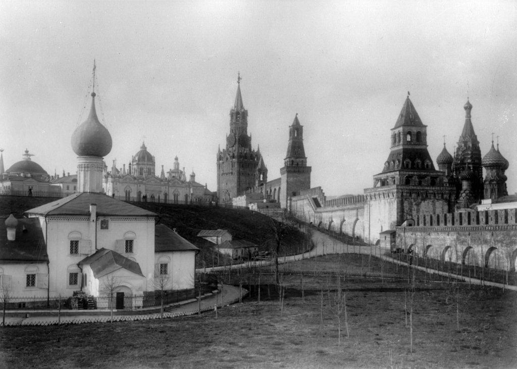 Вознесенский женский монастырь в Московском Кремле, 1903