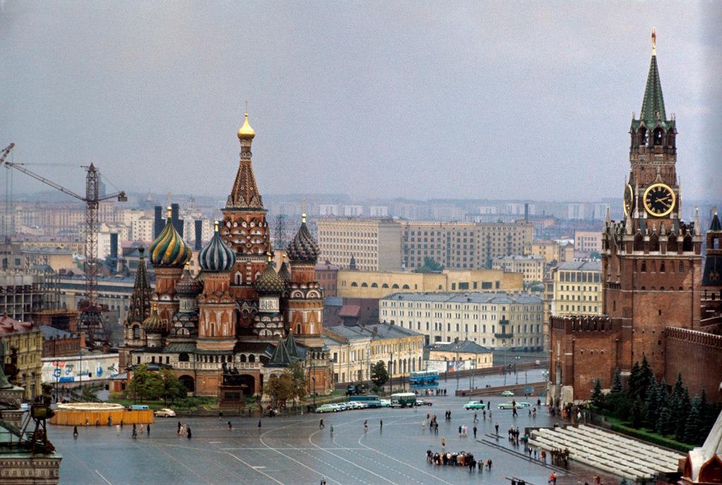 Вид на собор Василия Блаженного, с Красной площади