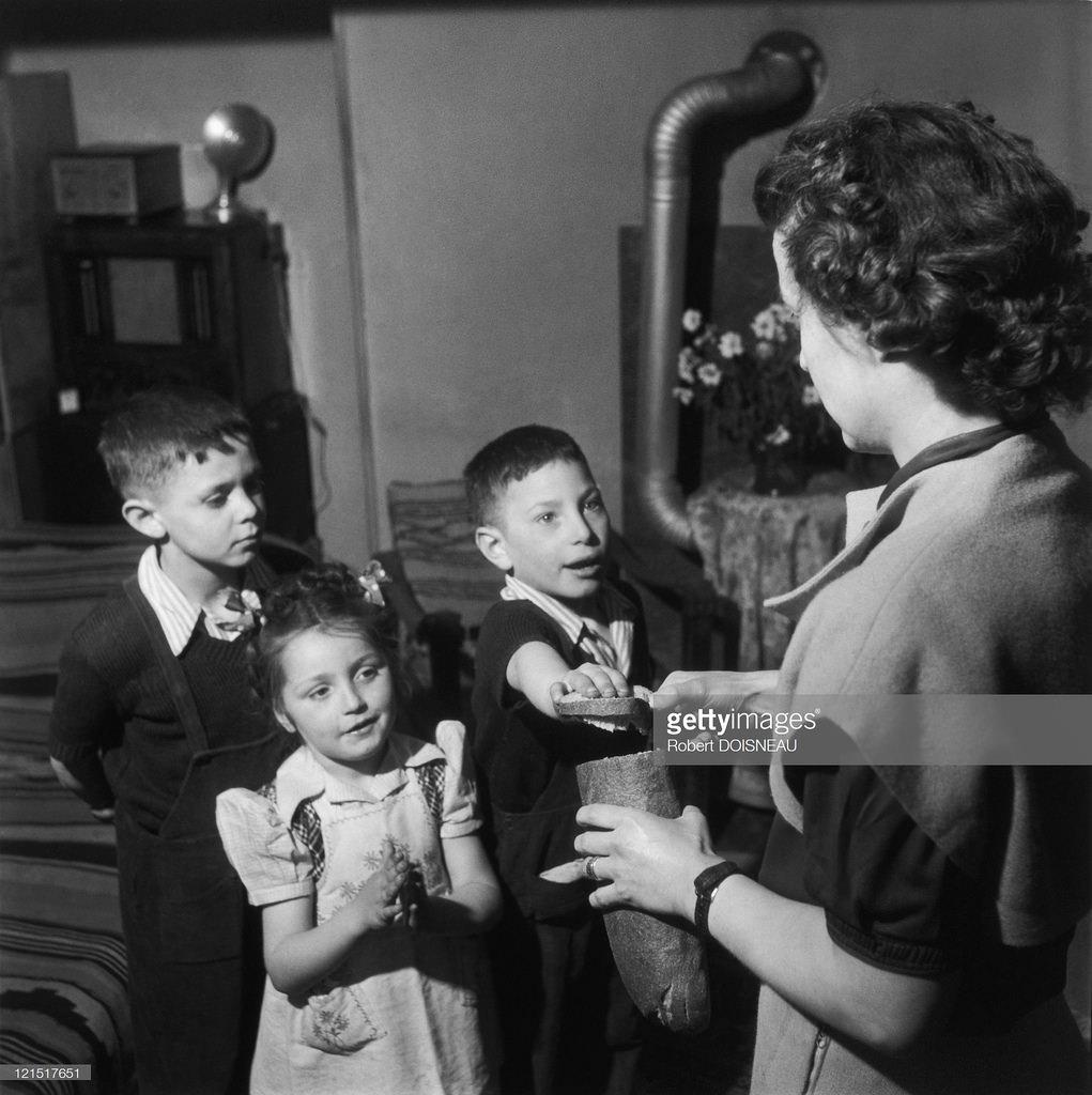 1947. Семейная жизнь.  Лёгкий завтрак