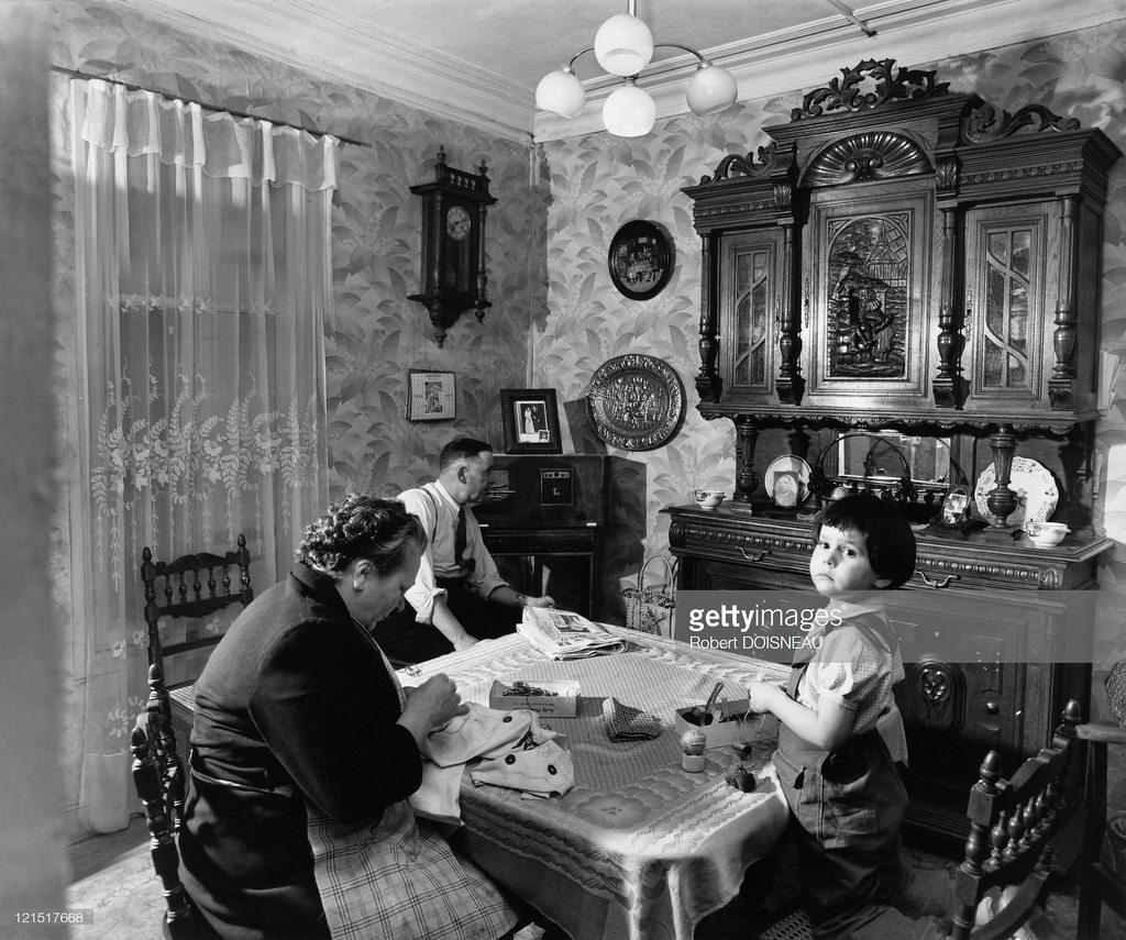 1953. Небольшая работа по дому. Париж