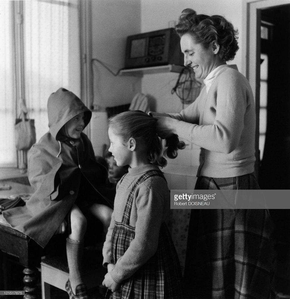1955. Семейная жизнь. Отправка детей в школу