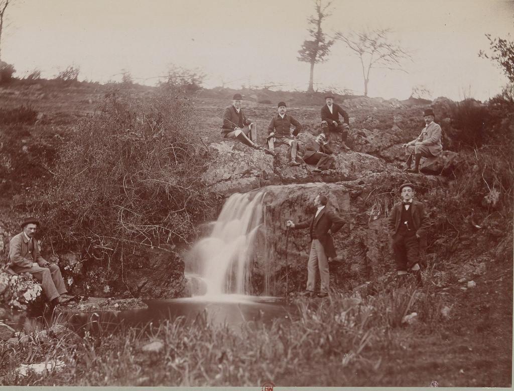 Водопад в Фонтене