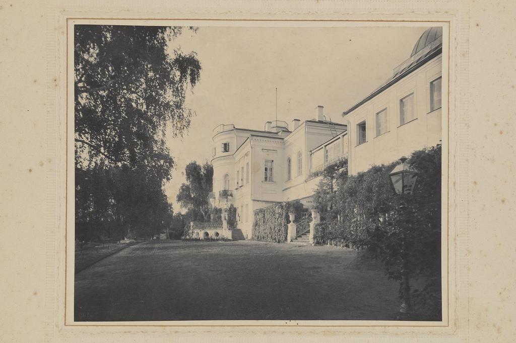 1903. Михайловское. Вид господского дома