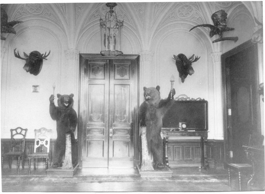Усадьба «Гостилицы». Интерьеры дворца (2)