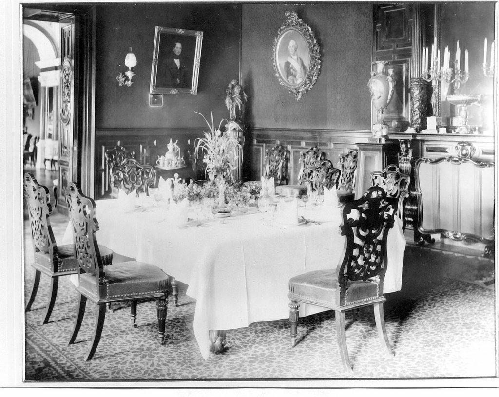 Усадьба «Гостилицы». Интерьеры дворца (3)