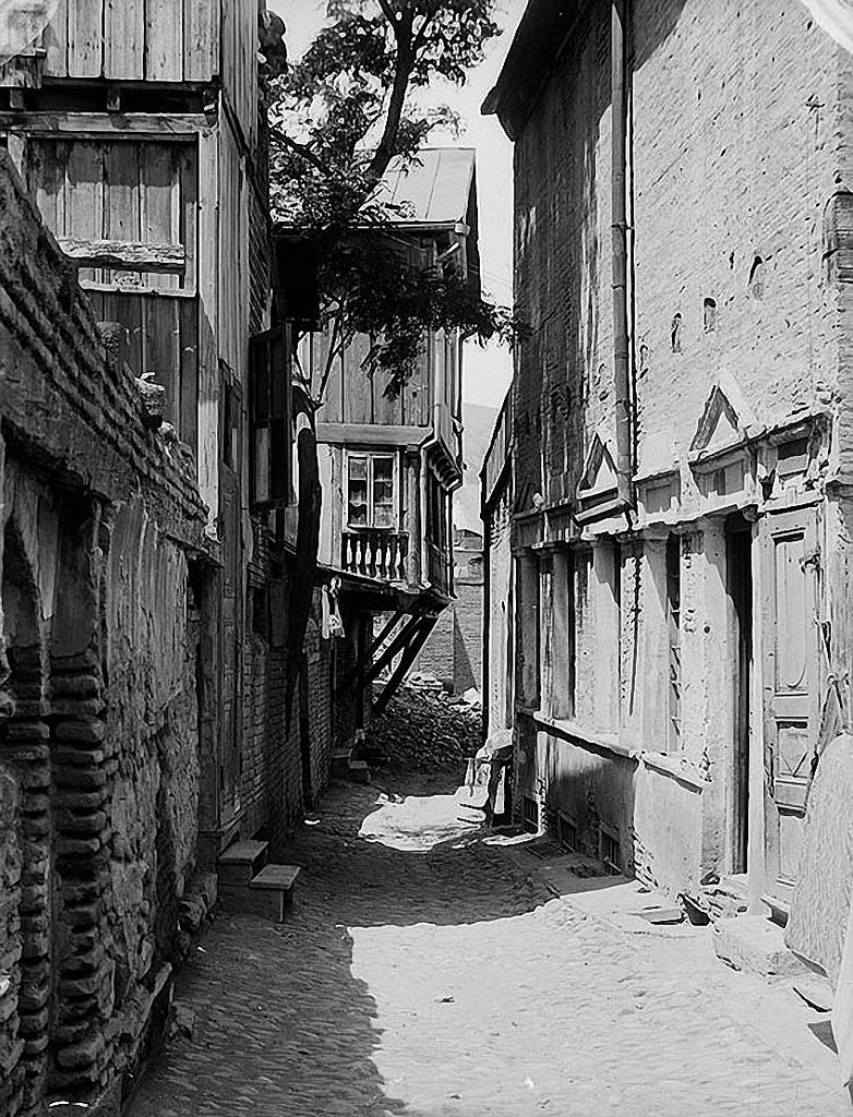 1930. В старом Тифлисе
