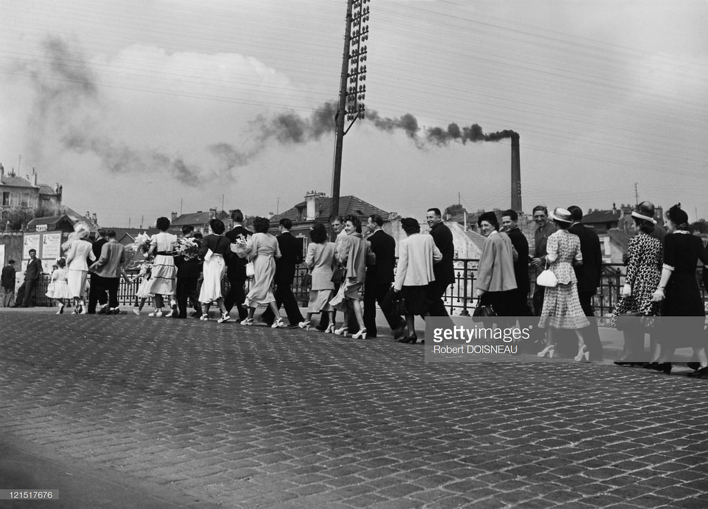 1949. Свадебная процессия в Шуази-ле-Руа