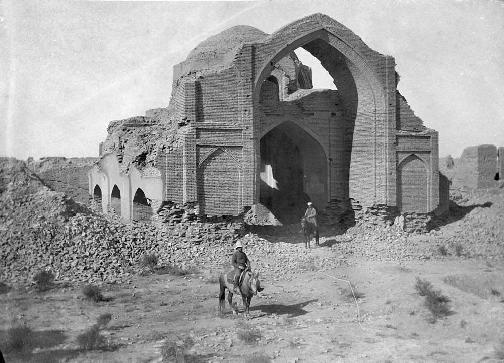 Абдулахан-кала. Восточная и южная стены мечети