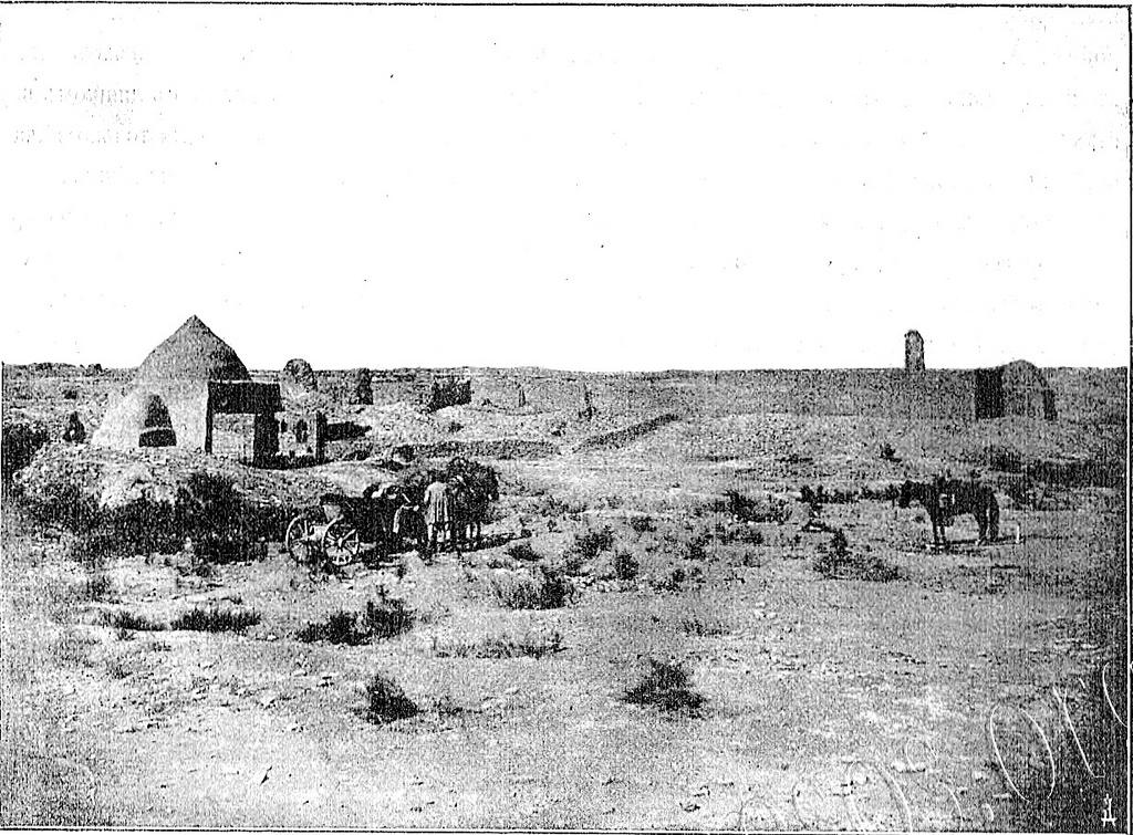 Гробницы Пехлевана Ахмеда и Мизраб-Шаха.