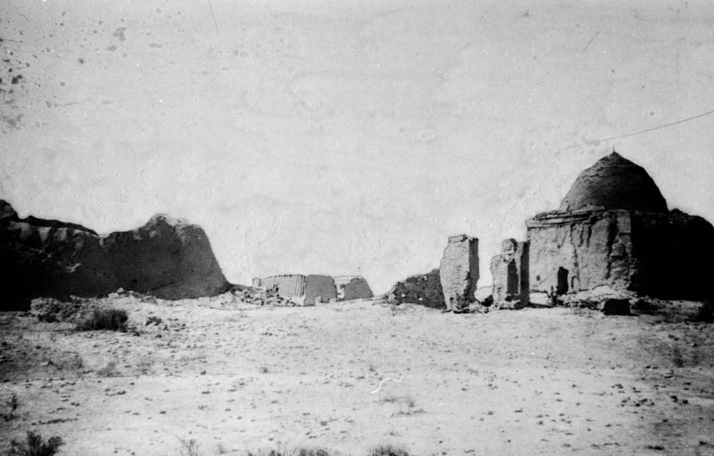 Надгробие Кыз-Биби (северо-восточный угол)