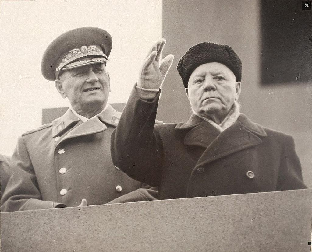 1960-е. Маршалы А.А. Гречко и  К.Е. Ворошилов