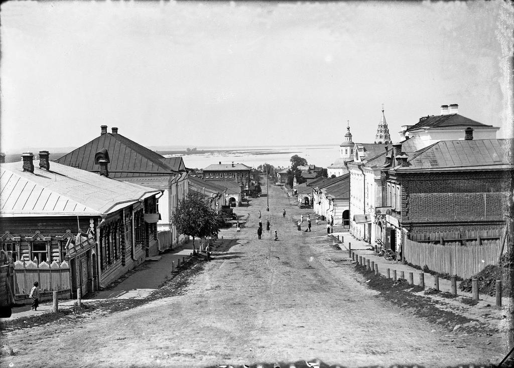 Архангелогородская улица, спуск к Торговой площади. 1910