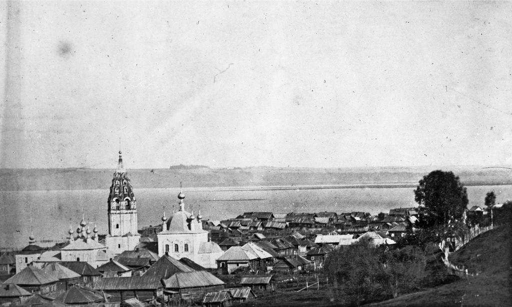 Вид с Балчуга на Васильевскую церковь и Рыбную Слободу. 1913