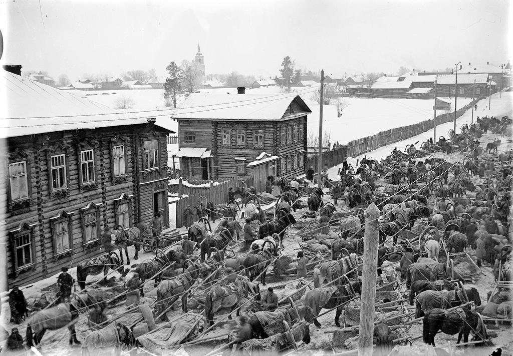1933. Хлебный обоз