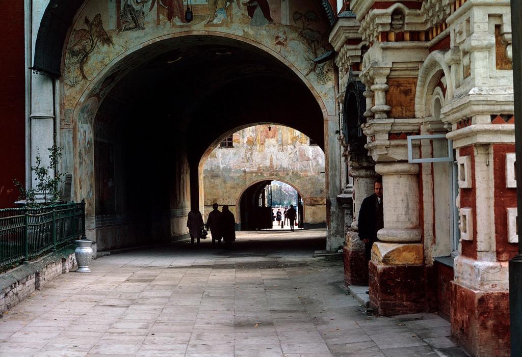 1972. Троице-Сергиева лавра. Святые ворота