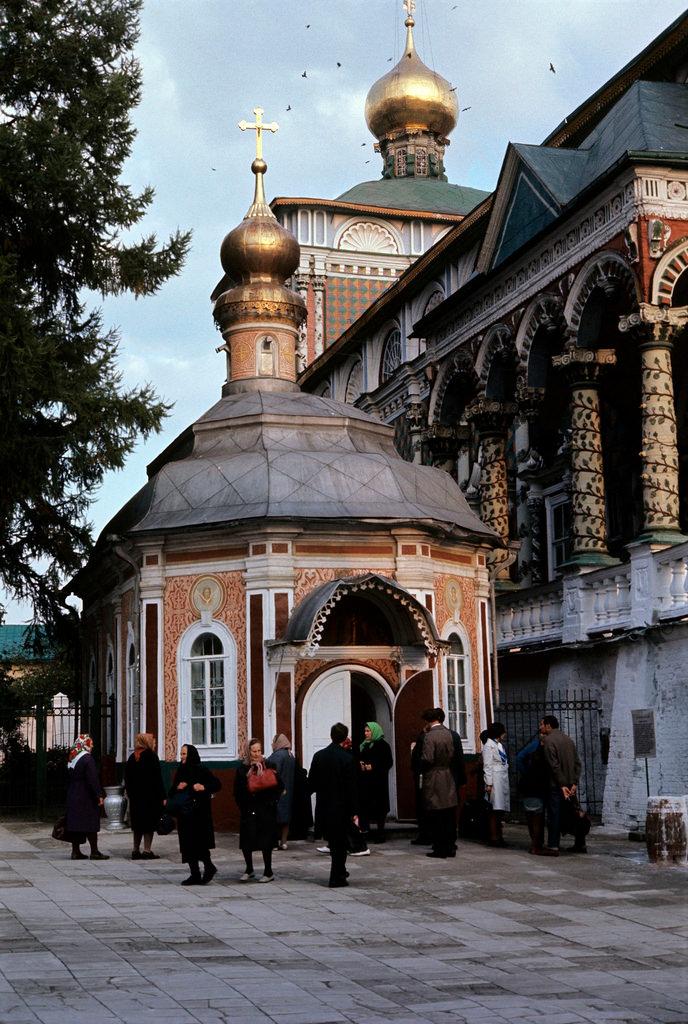 1972. Троице-Сергиева лавра. Церковь Сергия Радонежского