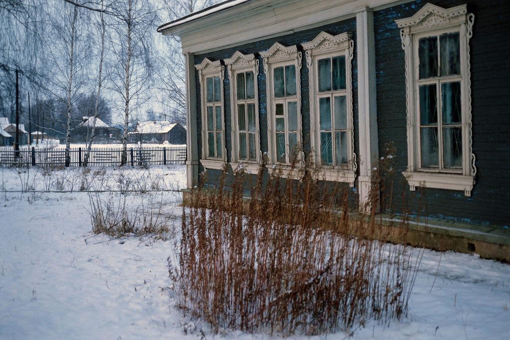 1978. У школы, построенной А.П. Чеховым в деревне Мелихово