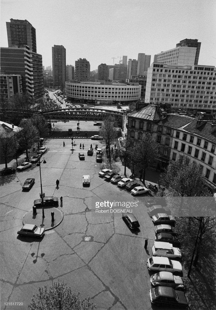 1975. Площадь Пинель