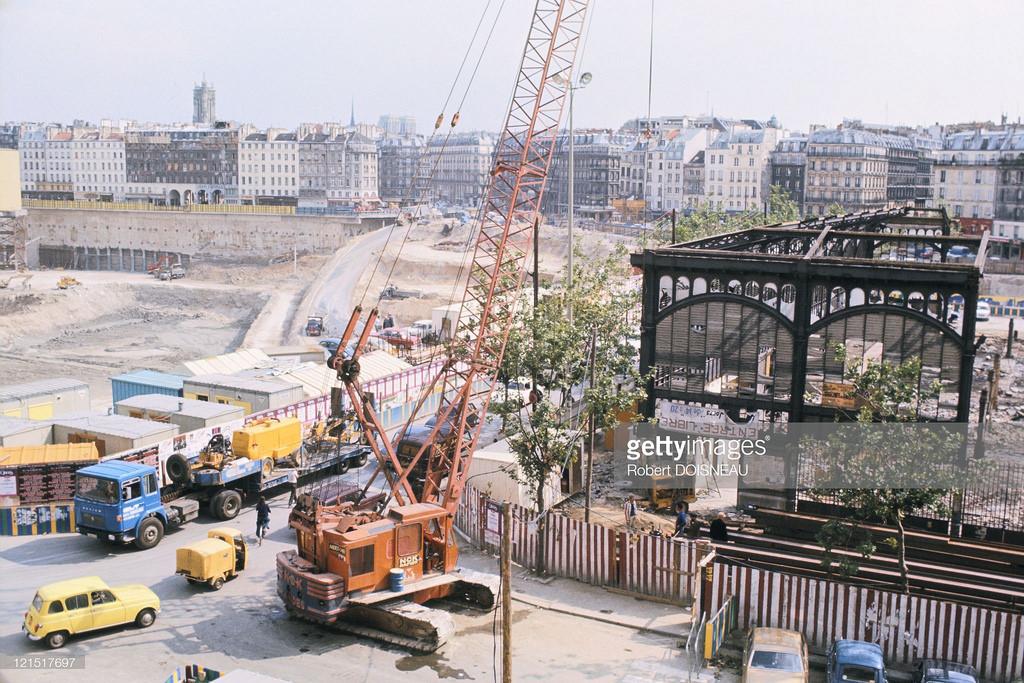 1975. Строительство нового рынка Ле-Аль.