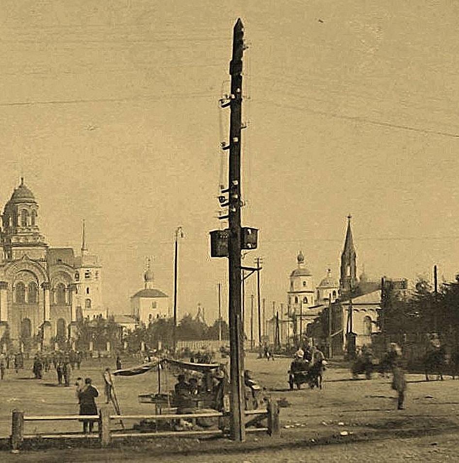Тихвинская площаь