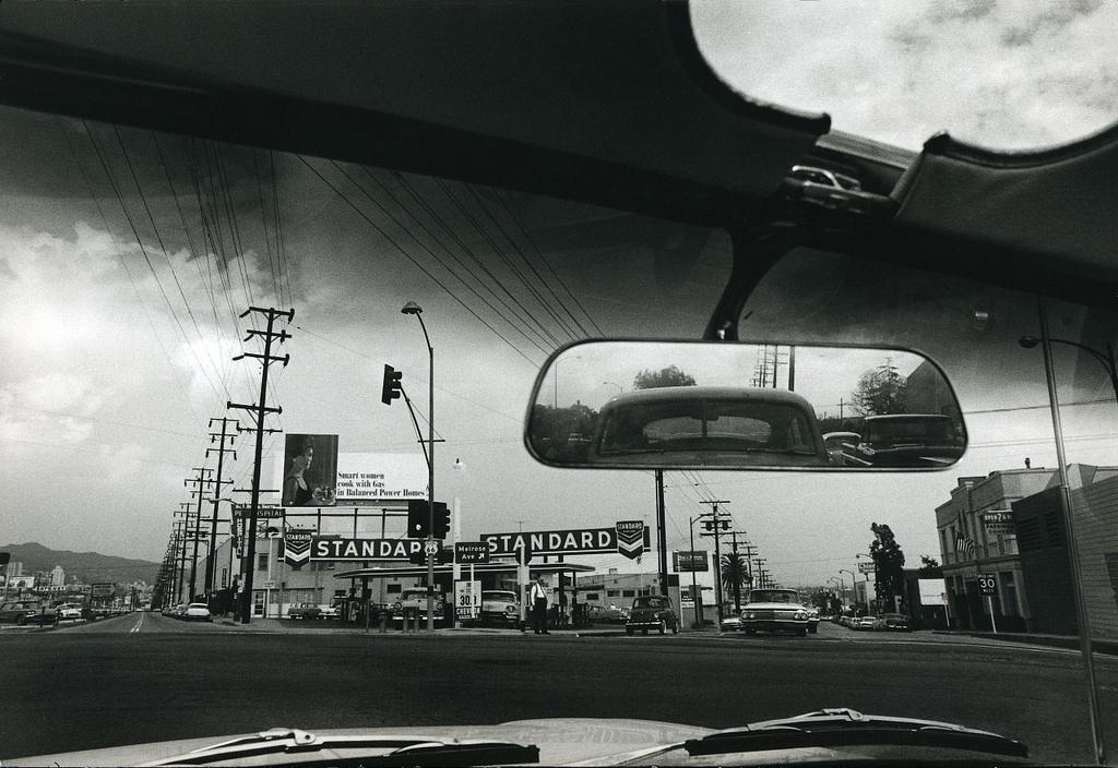 1961. Двойной стандарт