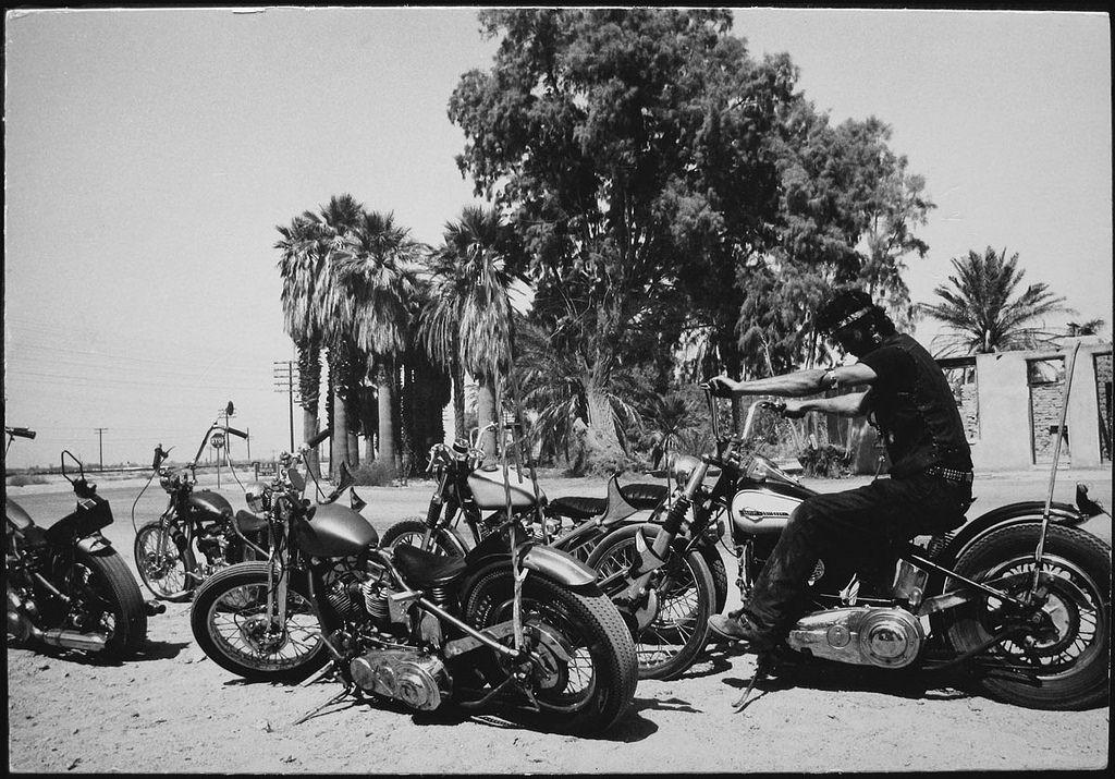 1961. Парень с шестью байками