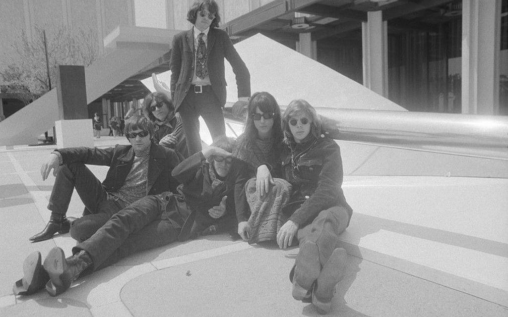 1965. «Jefferson Airplane»