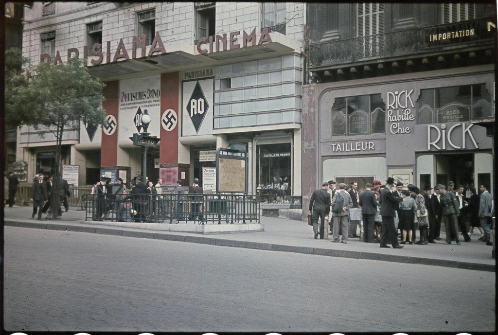 «Паризиана» становится кинотеатром, предназначенным для немцев