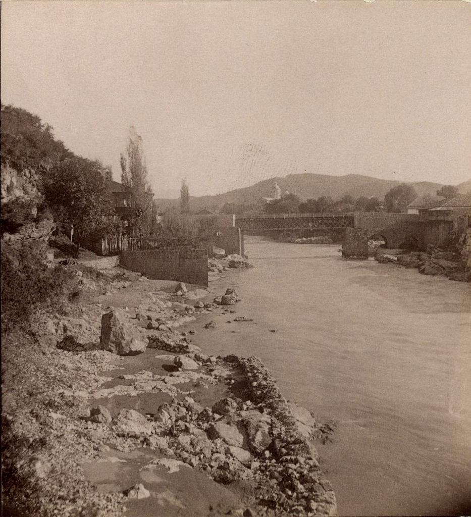 Мост через  р. Риони к ферму
