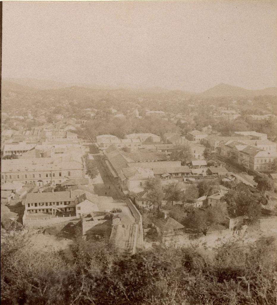 Мостовая улица и Гимназия
