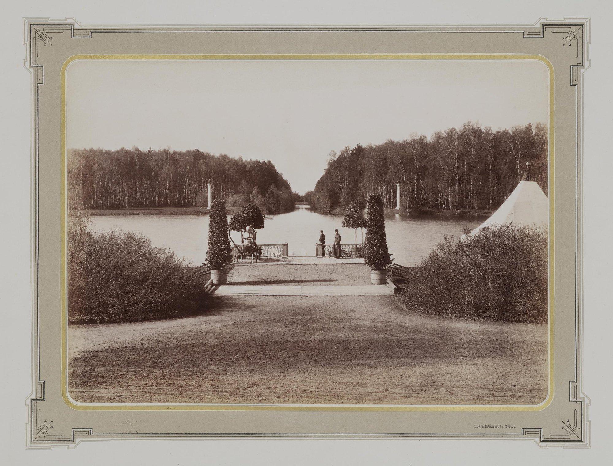 1883-1886. Усадьба Кусково. Вид на пристань и канал