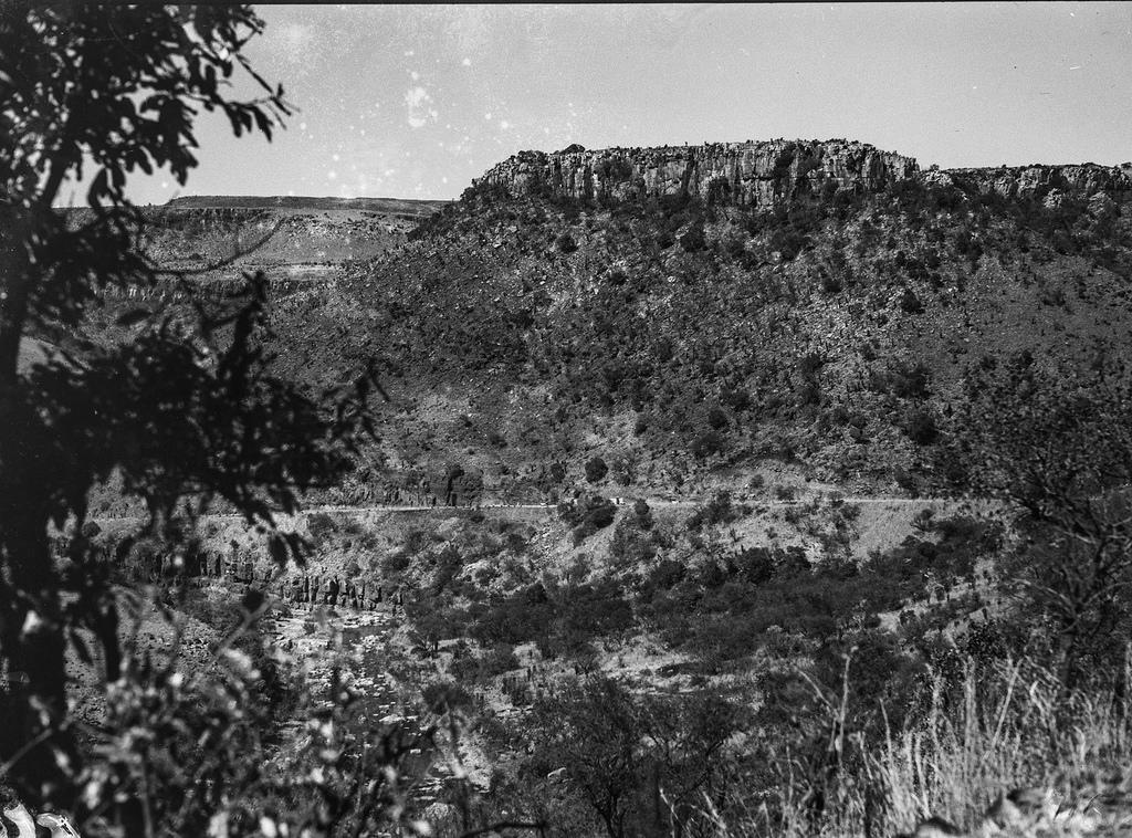 Окрестности Претории. Скалистый горный пейзаж