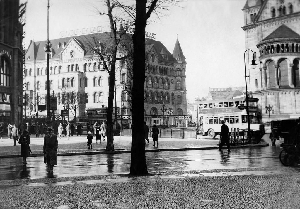 1930. Брайтшайдплац. Кинотеатр «Глория-палас»