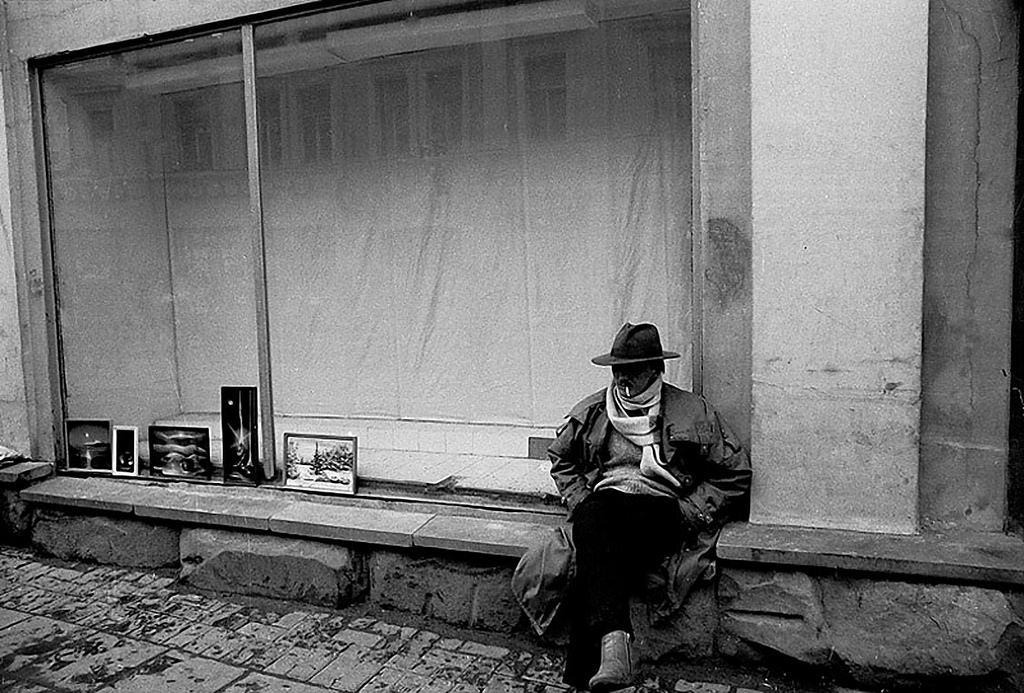 1988. Улица Арбат, 9. Выставка-продажа