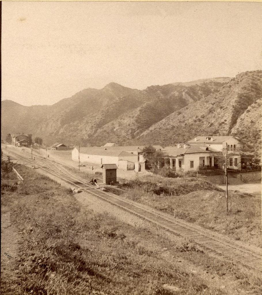 Станция железнодорожная и разгонная